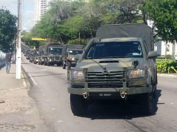 Tropa do Exército chegou a Natal na manhã desta quarta (3) (Foto: Marsuel Figueredo/Inter TV Cabugi)