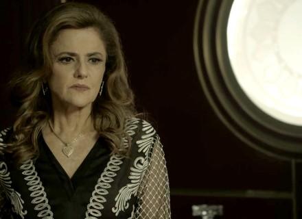 Sophia manipula Lívia para separar Clara e Gael