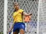 Após vitória, Bia cita diferença entre Vadão e Emily: ''Tocamos mais a bola''