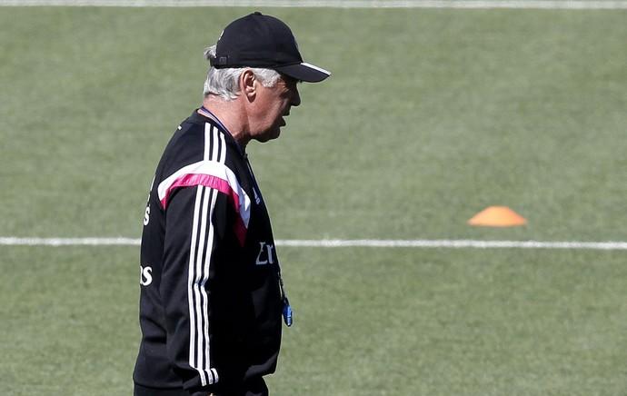 Carlo Ancelotti treino do Real Madrid (Foto: EFE)