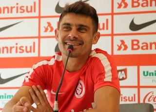 Internacional Inter Alex (Foto: Eduardo Deconto/GloboEsporte.com)