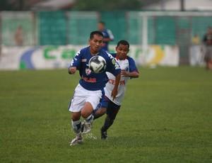 Flamel lamentou a contusão na panturilha direita (Foto: Igor Mota/Amazônia)