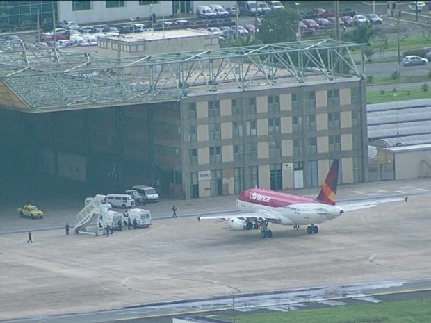 Avião Avianca (Foto: GloboNews reprodução)