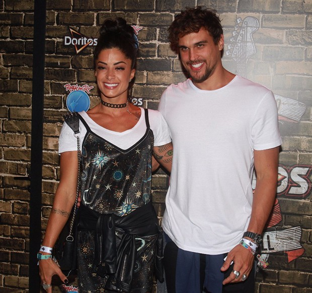 Aline Riscado e Felipe Roque (Foto: Sérgio Gallo/ Ed. Globo)