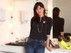 'Enquanto segurava a Clarice, já me peguei aquecendo voz', diz Mel Lisboa