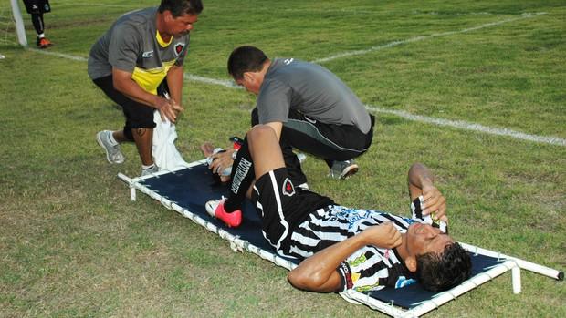 Wanderley, atacante do Botafogo-PB (Foto: Lucas Barros / Globoesporte.com/pb)
