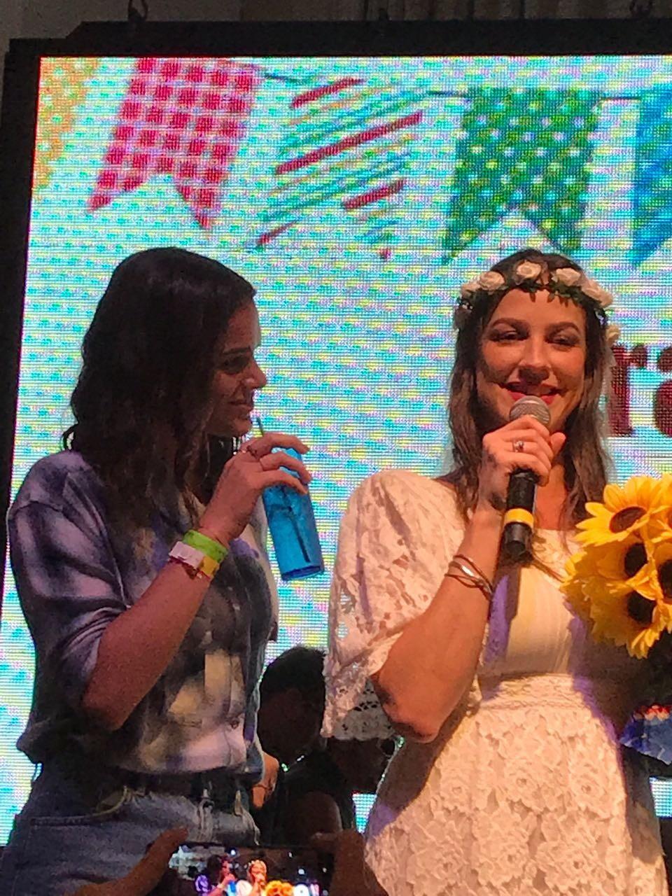 Bruna Marquezine e Luana Piovani em arraiá (Foto: reprodução/Instagram)