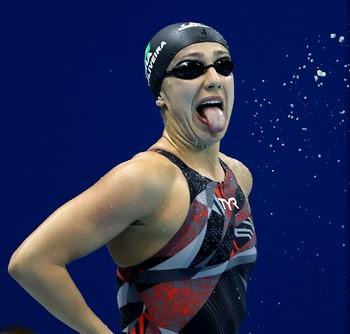 Larissa Oliveira natação (Foto: Satiro Sodré/SSPress)