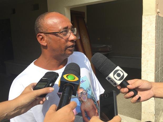 Avô de Ryan diz que família está arrasada com morte do menino (Foto: Fernanda Rouvenat / G1)