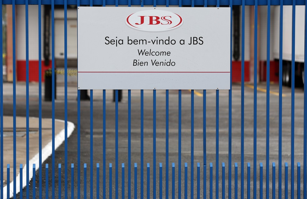 Entrada de um dos frigoríficos da empresa JBS, em Jundiaí (SP) (Foto: REUTERS/Paulo Whitaker)