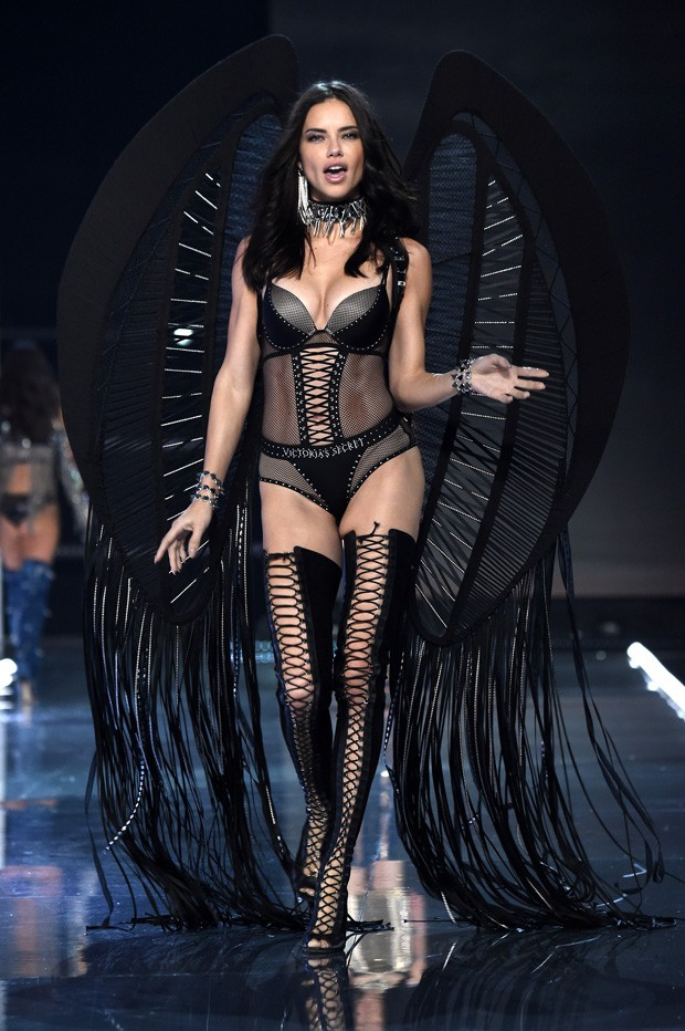 Adriana Lima Foto Getty Images