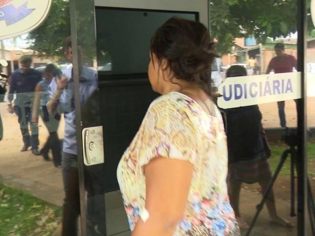 Lucivânia Alencar prestou depoimento à polícia e confessou o falso sequestro (Foto: Lucas Torres/Portal Sorriso)