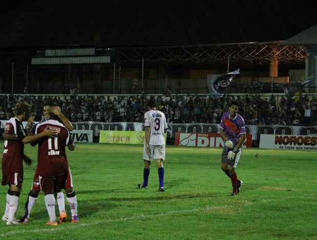 River-PI e Barras - Campeonato Piauiense 2013 (Foto: Náyra Macêdo/GLOBOESPORTE.COM)