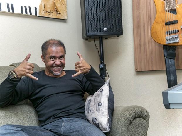 Carlinhos P.O. Box ganhou o correspondente a R$ 350 mil por direitos de 'Papo de jacaré' no ano 2000 (Foto: Diego Baravelli/G1)