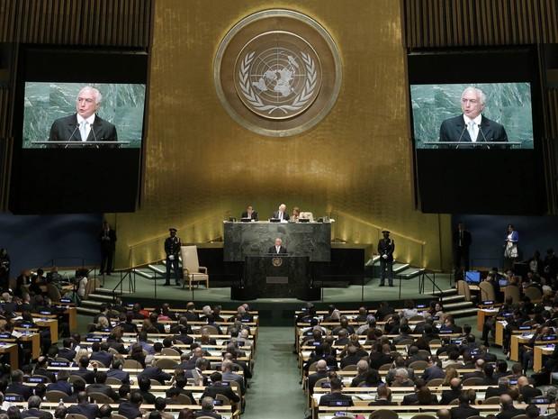 O presidente Michel Temer discursa na 71ª sessão da Assembleia Geral das Nações Unidas, na sede da ONU em Nova York (Foto: Mike Segar/Reuters)