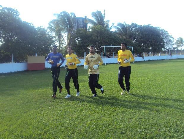 Da esquerda para direita: Gustavo, Rodrigo Ramos, Raniere e Jean iniciaram a preparação para temporada 2013 (Foto: Afonso Diniz/Globoesporte.com)
