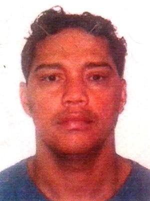 José Raimundo Filho é  suspeito de ter participado do assassinato de Tércio Duarte da Silva (Foto: Divulgação/Polícia Civil)