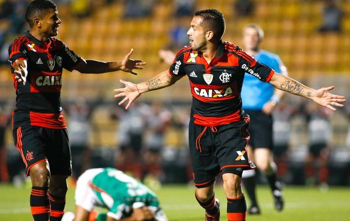 Canteros comemora gol do Flamengo contra o Palmeiras (Foto: Getty Images)