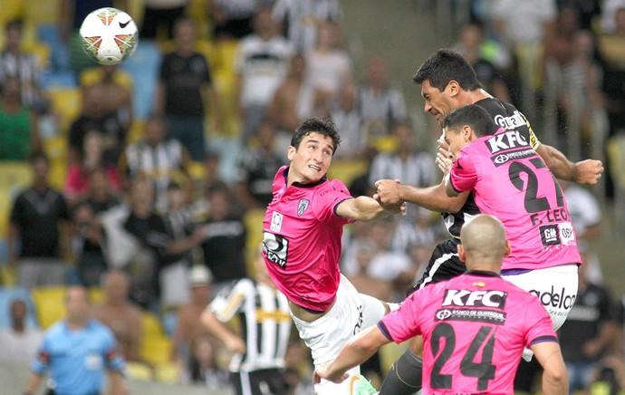 Ferreyra Botafogo  jogo Independiente del Valle (Foto: Vitor Silva / SS Press)