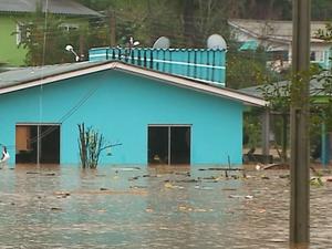 Chuva atingiu Iraí, RS (Foto: Reprodução/RBS TV)