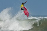 Paraibano vai disputar a final do Campeonato Mundial J�nior de Surfe