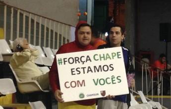 Em noite de apoio à Chape, Flamengo derrota a LSB e segue 100% no NBB