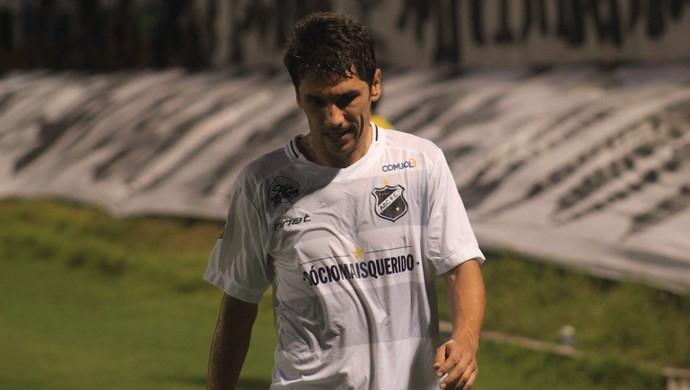 Lúcio Flávio meia do ABC (Foto: Fabiano de Oliveira)