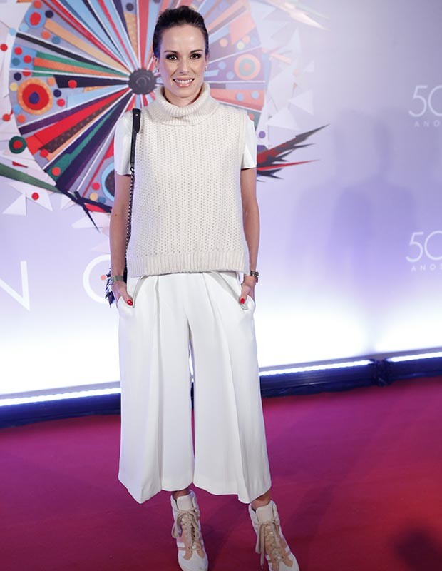 Ana Furtado opta por look total branco para o evento (Foto: Fábio Rocha/Gshow)