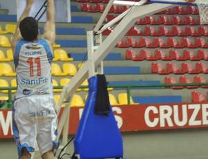 Filipin volta a treinar no Mogi das Cruzes (Foto: Rodrigo Mariano / Globoesporte.com)
