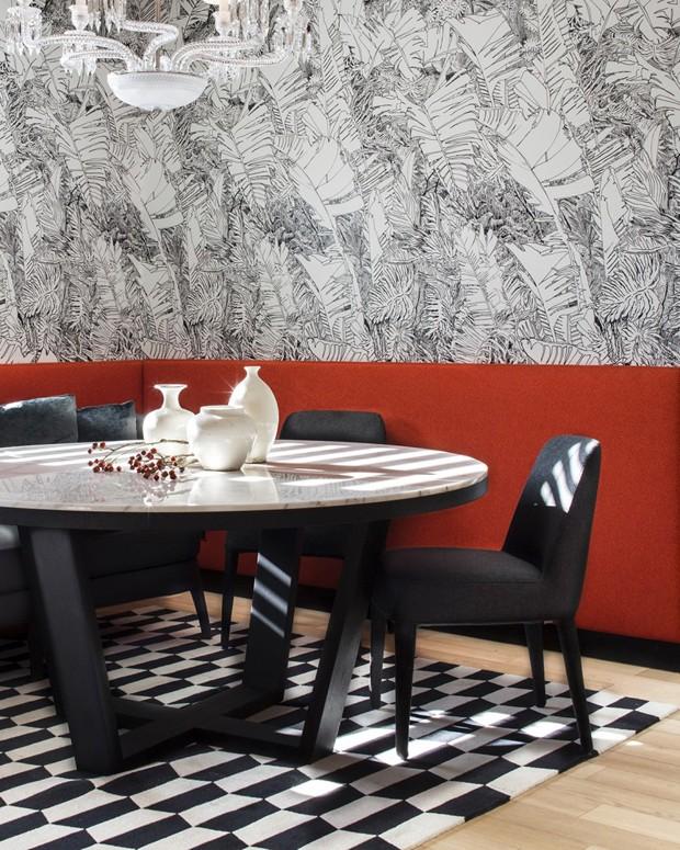 Décor do dia: mix de estampas em preto e branco na sala de jantar (Foto: Divulgação)