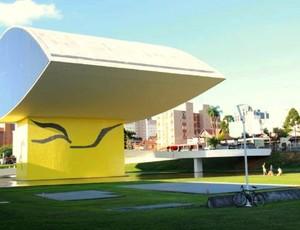 Museu Oscar Niemeyer, em Curitiba (Foto: Fernando Araújo/Globoesporte.com)