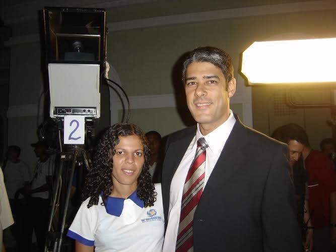 Marlene e o apresentador do Jornal Nacional, Willian Bonner (Foto: Arquivo Pessoal)