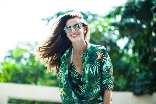 Izabel Goulart para Vogue Eyewear (Foto: Alexandre Dequeker/Divulgação)