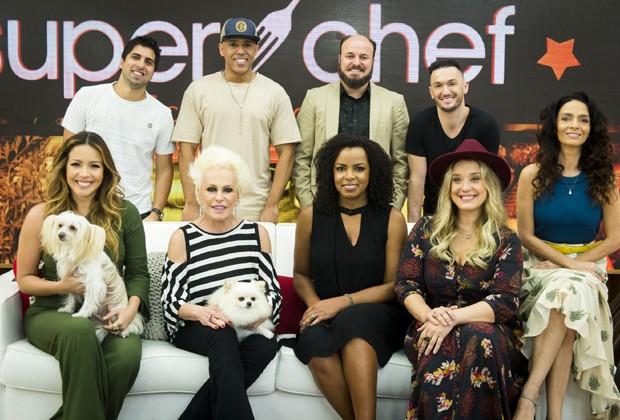 Ana Maria Braga e o elenco da sexta edição do 'Super Chef Celebridades' (Foto: Divulgação/TV Globo)