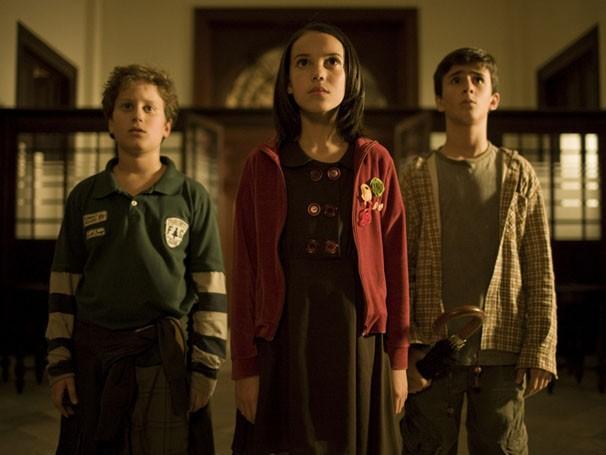 Cebola, Frida e Eugênio decidem fazer uma investigação secreta do novo colégio (Foto: divulgação)