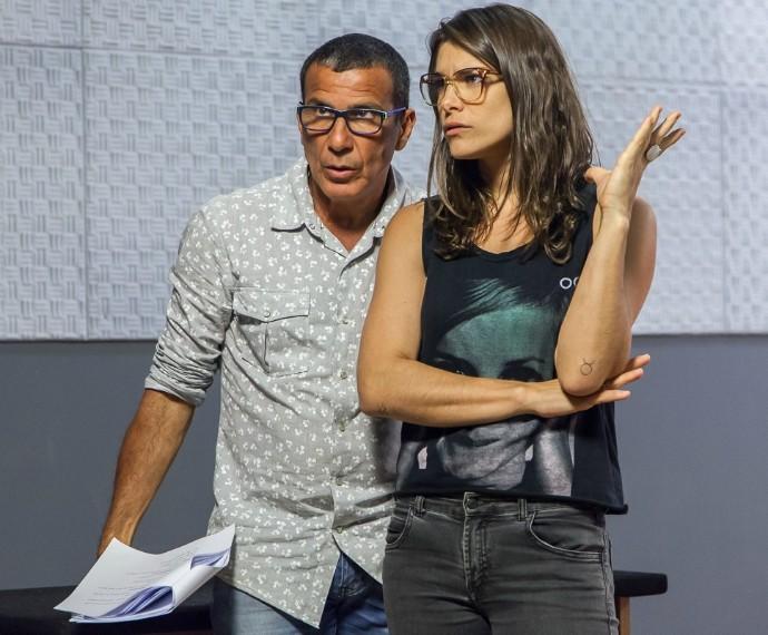 Eri Johnson e Priscila Fantin em ensaio do Tomara que Caia (Foto: Artur Meninea/Gshow)