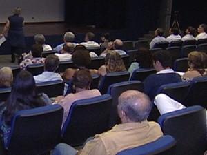 Candidatos a prefeito participaram do encontro (Foto: Reprodução/TV Integração)
