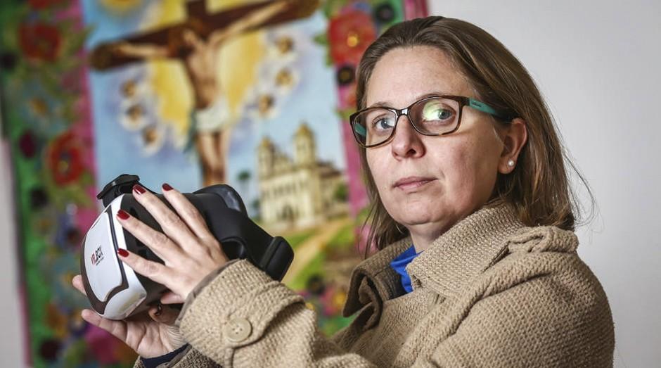Recuperação. Fabiana Silveira só conseguiu entrar de novo em uma agência bancária depois da terapia de exposição  (Foto: Estadão Conteúdo / Gustavo Roth)