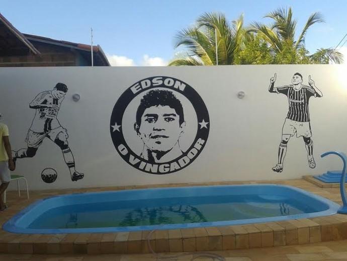 Piscina casa Edson Fluminense (Foto: Arquivo Pessoal)