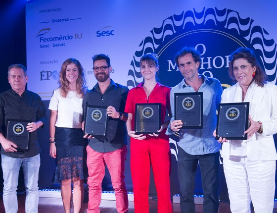 Alguns dos 65 premiados na oitava edição do prêmio dedicado ao melhor da gastronomia carioca  (Foto: Felipe O'neil/Época)