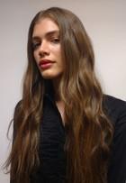 'Sempre fui menina', diz modelo transex Valentina Sampaio no SPFW