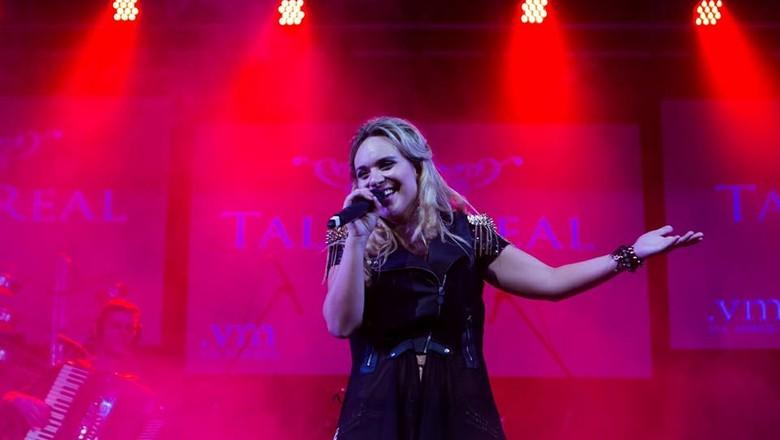 talita-real-cantora (Foto: Anderson Oliveira)