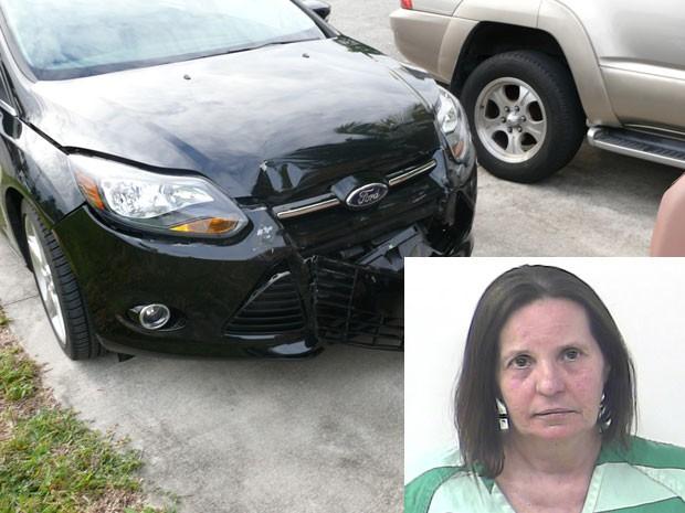 Cathy Bernstein foi presa depois de negar ter batida em outro carro durante chamada de emergência feita pelo próprio carro (Foto: Divulgação/Port St. Lucie DP)