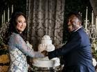 Pelé mostra foto de casamento e se declara para a mulher: 'Amor definitivo'