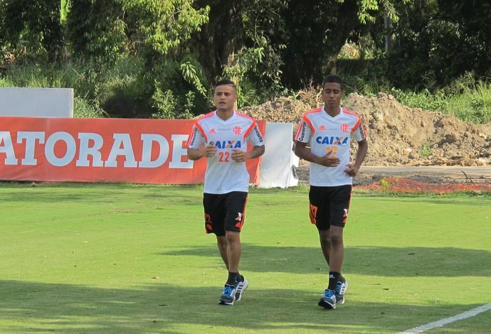 Everton e Gabriel Flamengo (Foto: Thales Soares)