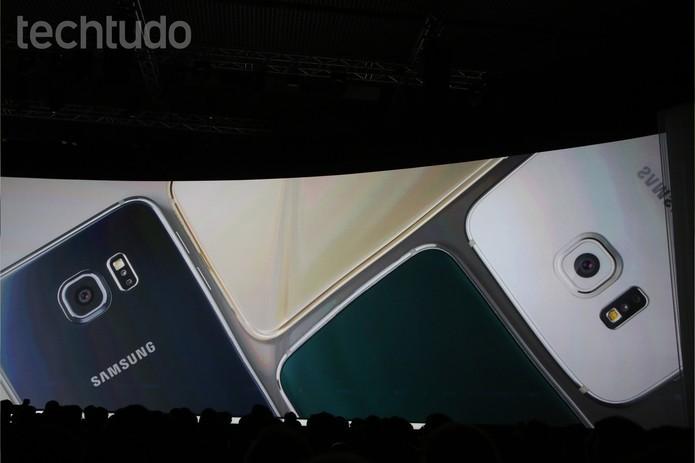 Galaxy Note Edge e S6 Edge vem com câmera traseira de 16 megapixels (Foto: Fabricio Vitorino/TechTudo)