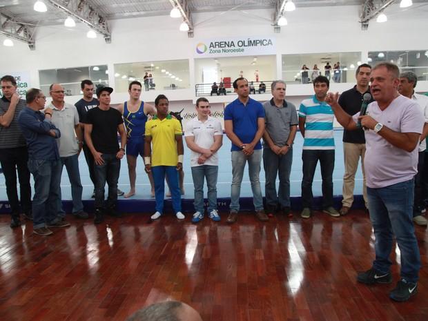 De Rossis participou da inauguração do ginásio em Santos (Foto: Divulgação/Prefeitura de Santos)