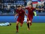 Wallace erra drible, Roma vence Lazio e se mantém a 4 pontos do Juventus