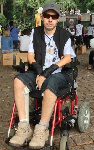 Carlos Mendonça, vice-presidente do movimento, ficou tetraplégico após um acidente (Foto: Cauê Fabiano/G1)
