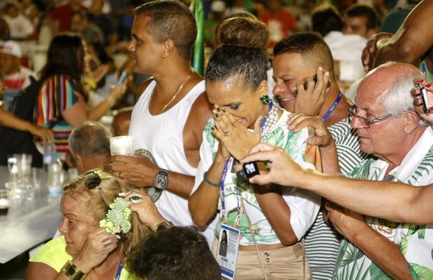 Quitéria chorando (Foto: Marcos Serra Lima / Ego)